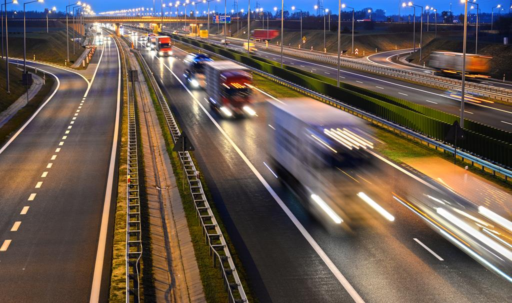Fleet Tracking Is Helping Improve Road Safety